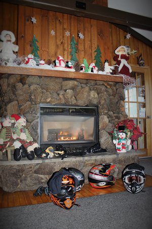 All Seasons Fireplace Fresh Warm Your Gloves by the Fireplace while Satisfing Your