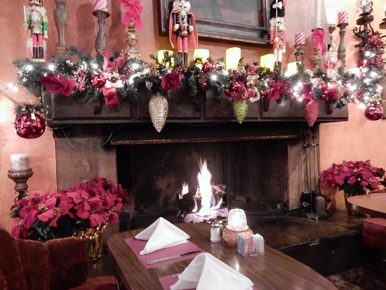 seasonal decor with fireplace