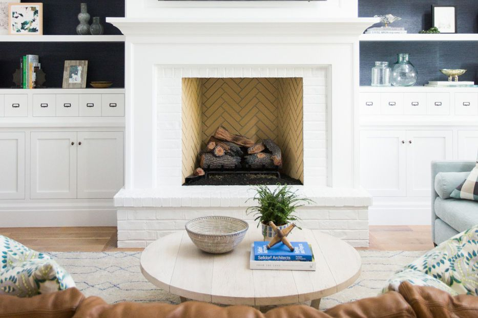 fin 17 yellow tile fireplace interior 59ee33e3685fbe f2be