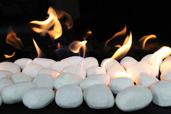 white pebbles 600