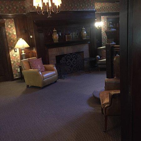 bedroom reception rooms