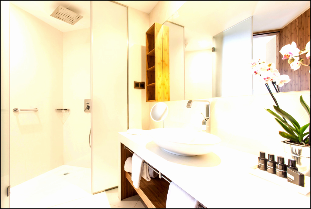 luxury vinyl floor tiles inspirational bathroom bathroom floor tiles lovely charming bathroom tile of luxury vinyl floor tiles