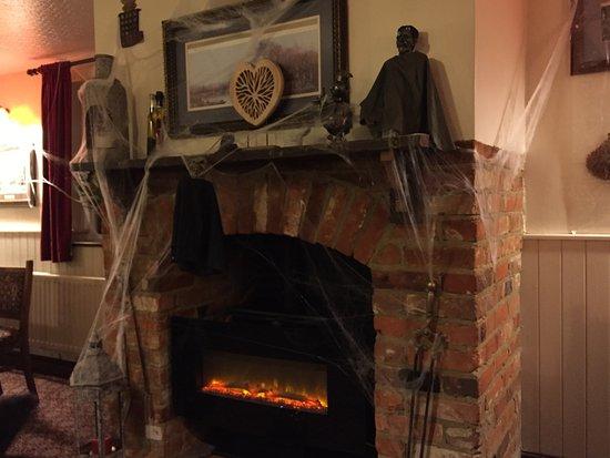 halloween fireplace great