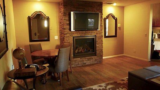 suite faux fireplace