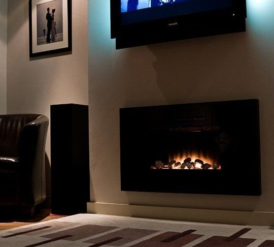 Hanging Tv Above Fireplace Awesome the Home theater Mistake We Keep Seeing Over and Over Again