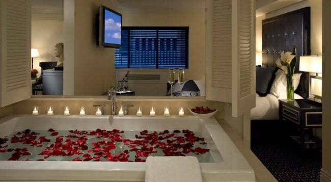 jacuzzi hotels nyc