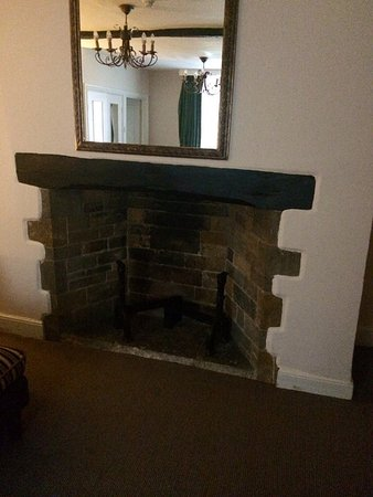 the fireplace in 52 s