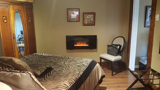 gabriel s suite bedroom