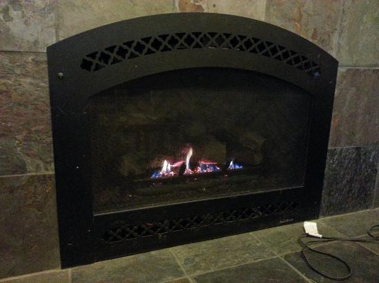 fireplace fy chairs