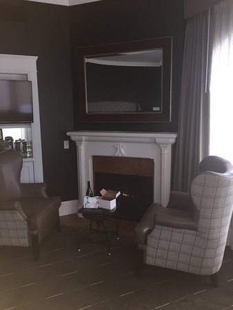 fireplace on 5th floor