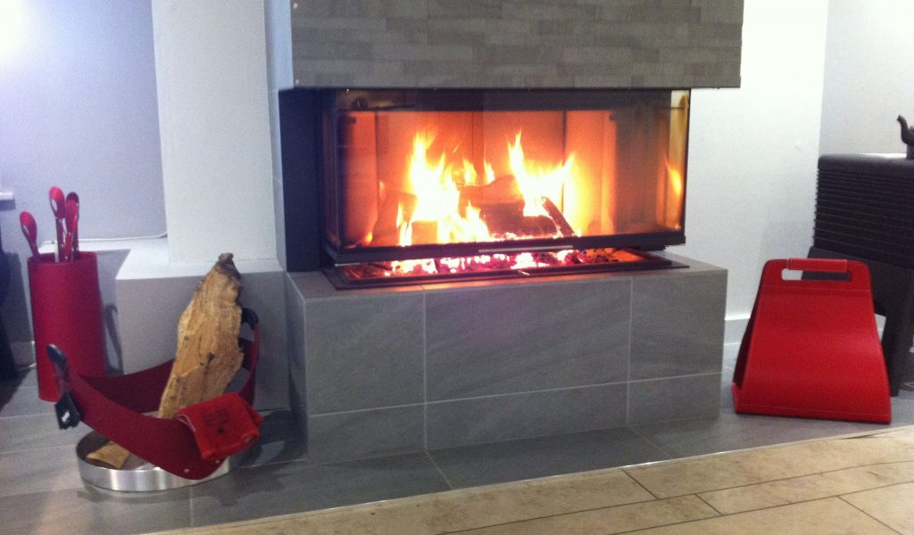 lennox fireplaces best of brunner panorama 3 sided firebox with guillotine door this of lennox fireplaces 1024x600