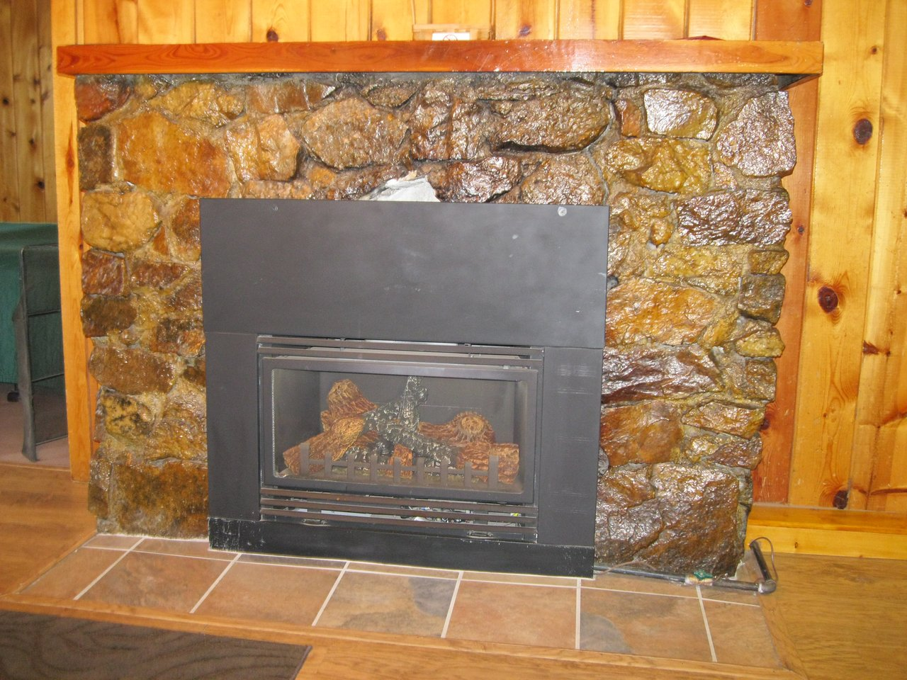 gas fireplace cabin 20