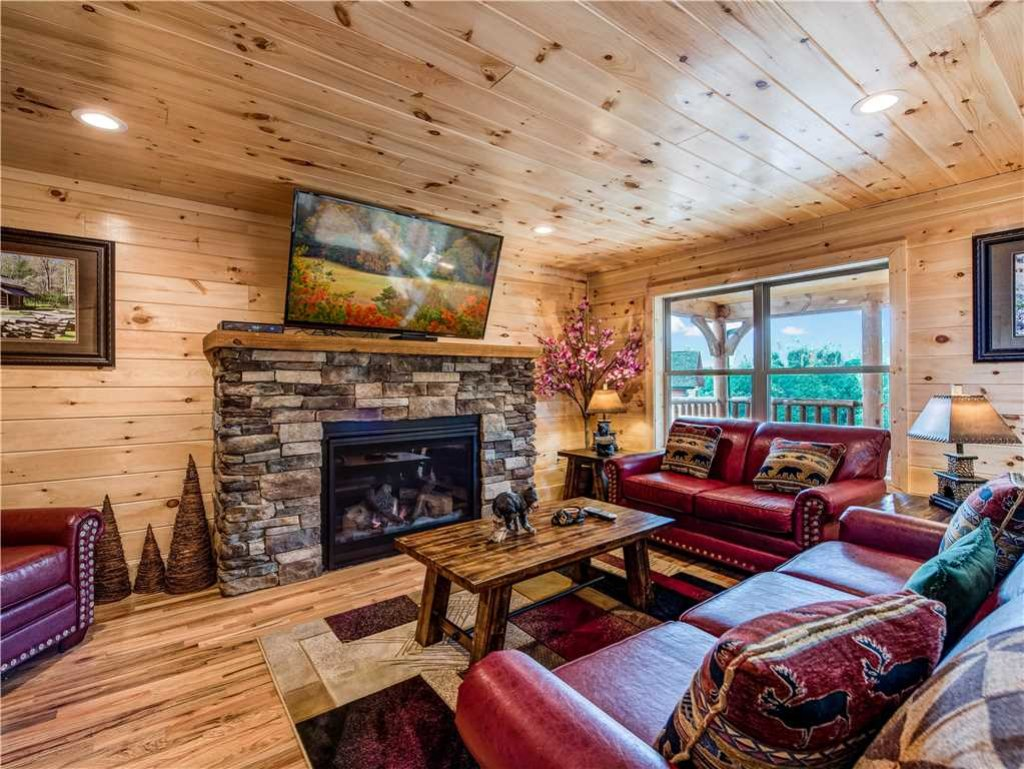 Cabin with Hot Tub and Fireplace Fresh Smoky Mountain Dream Cabin In Gatlinburg W 5 Br Sleeps12
