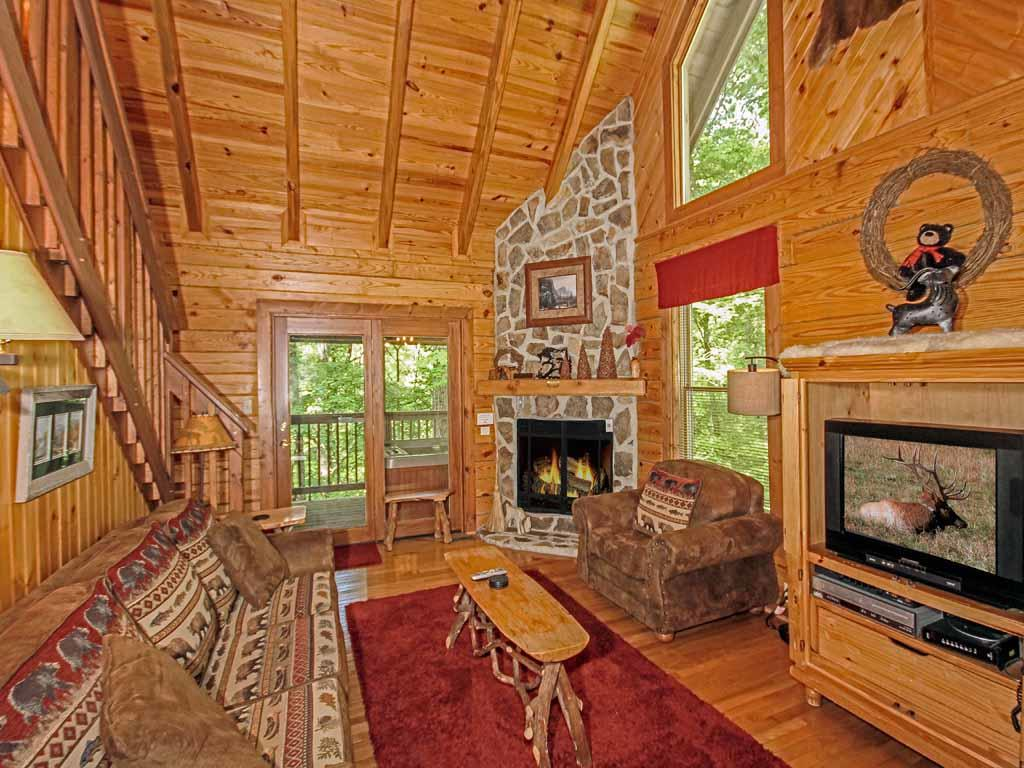Cabin with Hot Tub and Fireplace Lovely Buckhorn 2 Bedrooms Jetted Tub Grill Fireplace Hot Tub