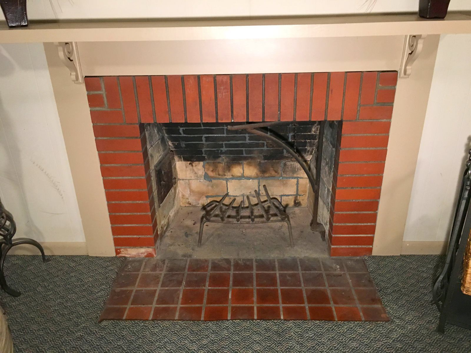 9 fireplace with repaired joints 583c f9b58d5b12a7f12 JPG