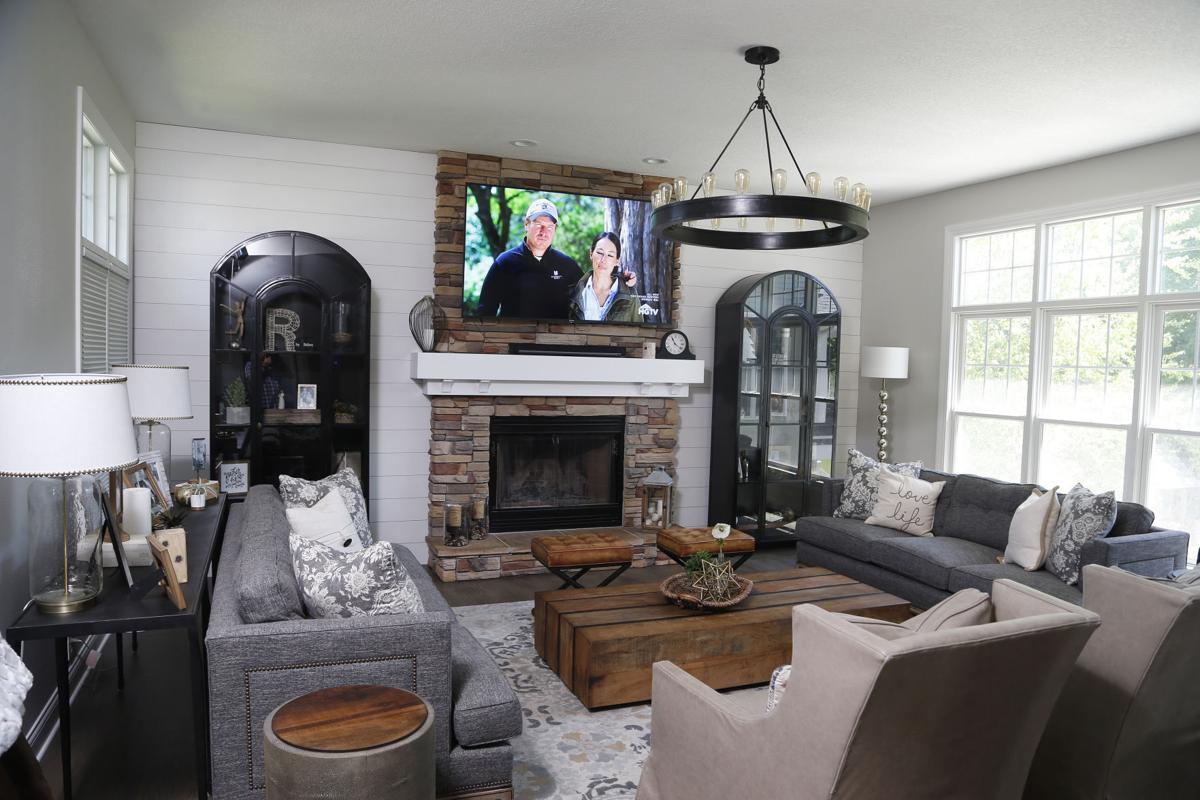 Fireplace Des Moines Awesome Stylish Farmhouse Home