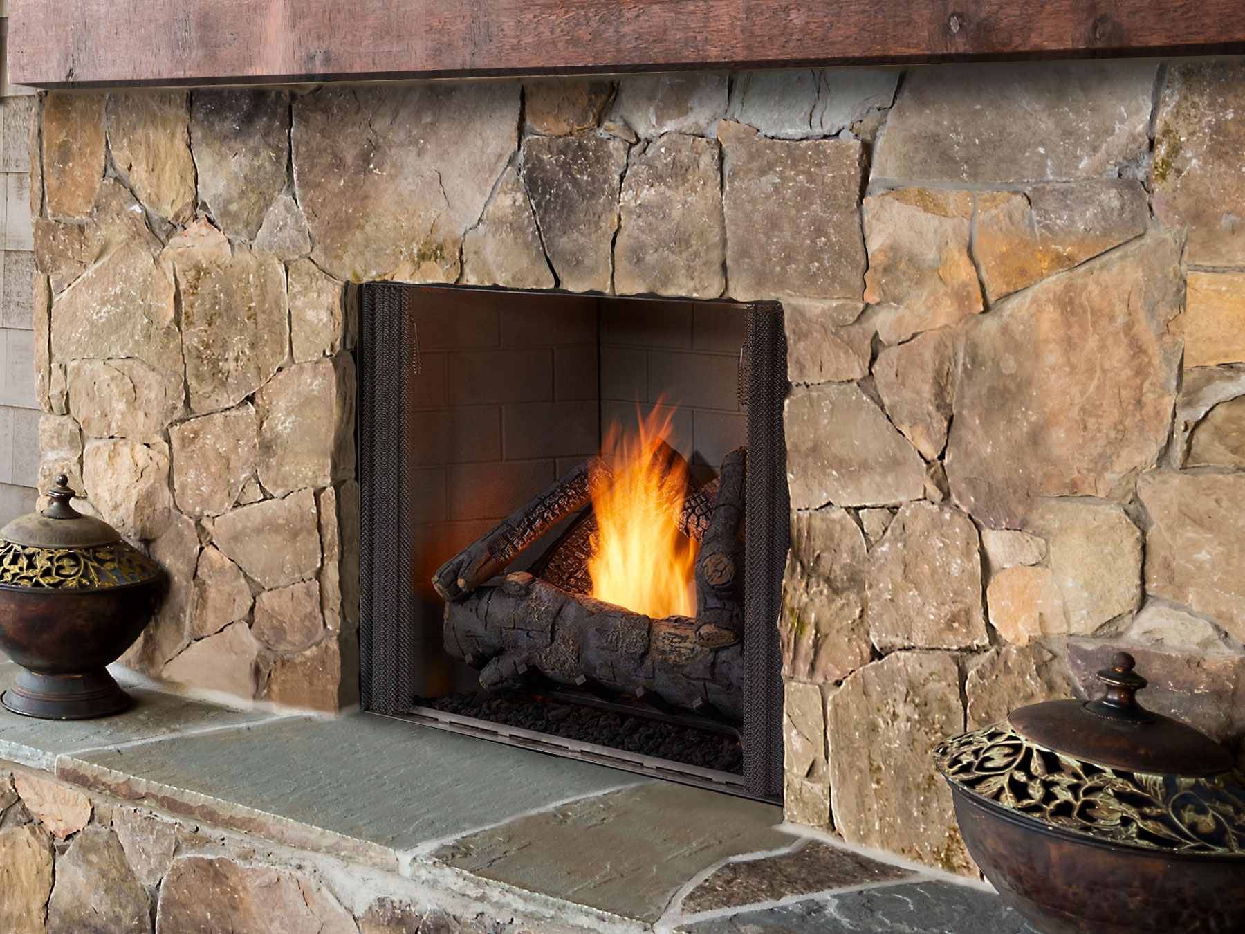 Courtyard 36 Standard interior standard logs Room 4C Low Res