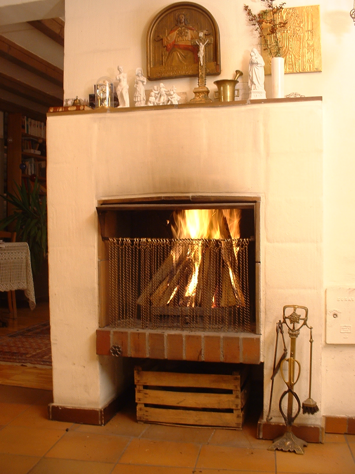 Open fireplace with icon