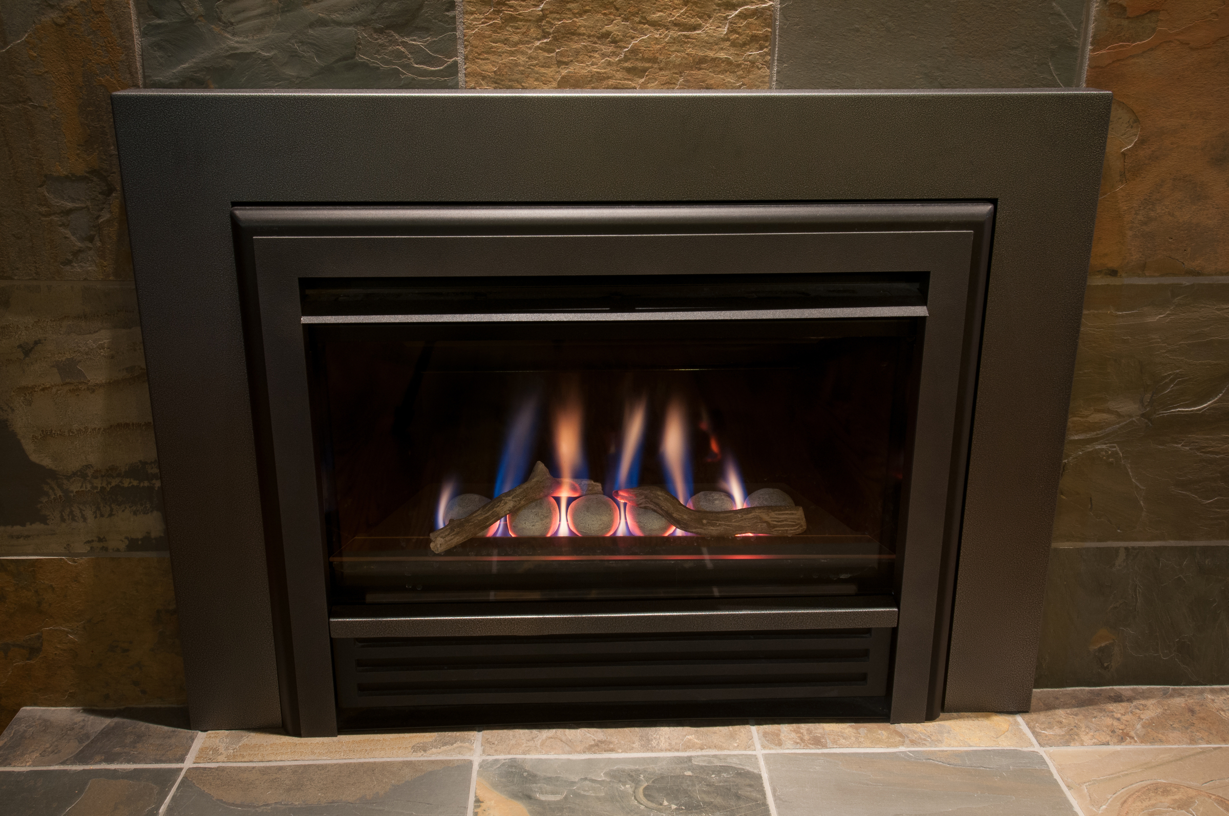HARR Fireplace 0081 Master 1