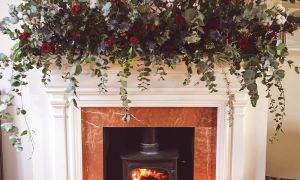30 Awesome Large Wreaths for Above Fireplace