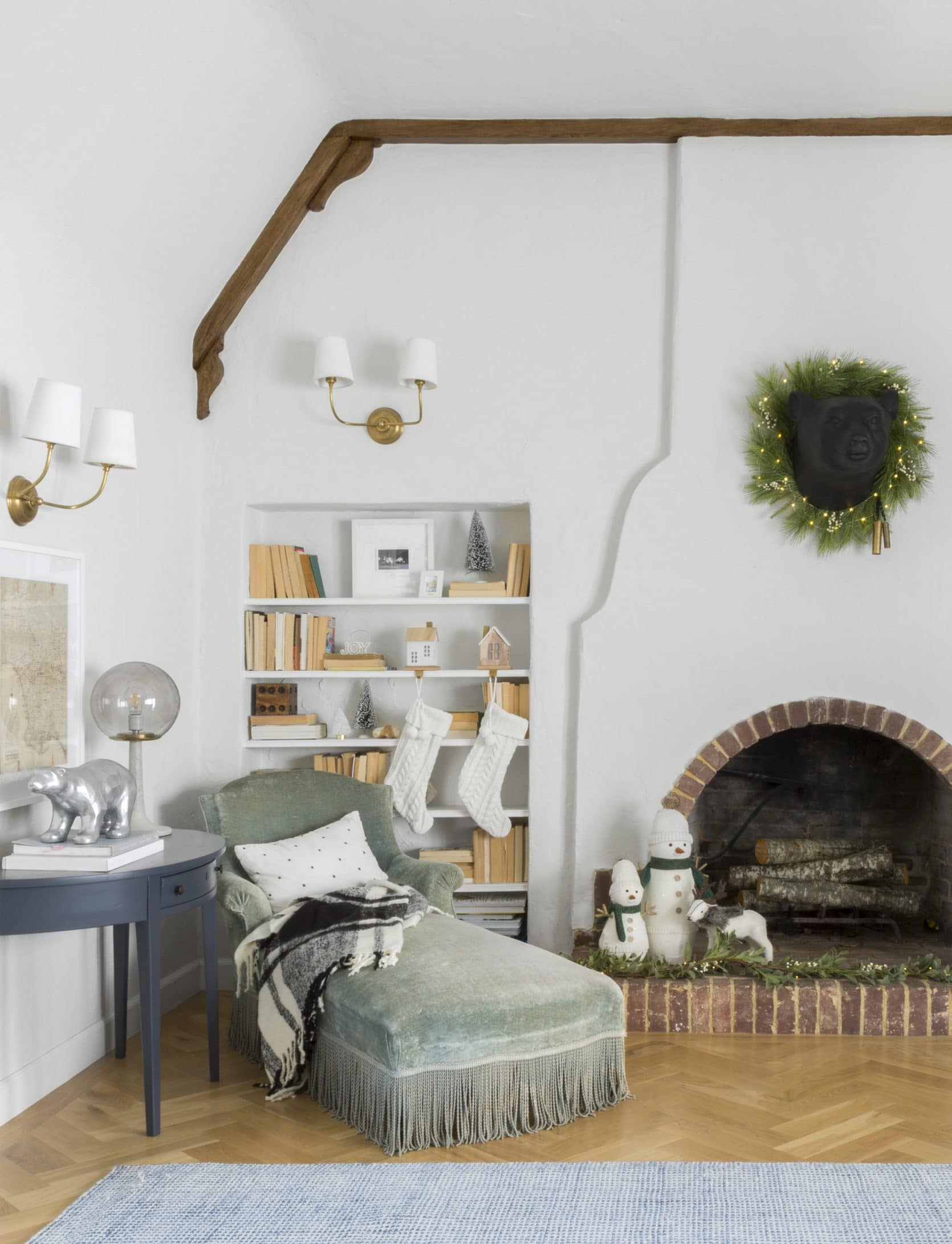 Emily Henderson 2018 Holiday Styling Fireplace 21 1670x2183