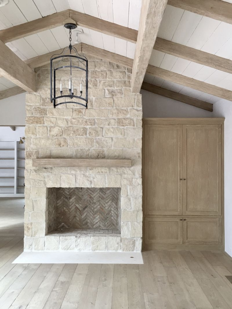 White Stone Fireplace Awesome Renovating Our Fireplace with Stone Veneers