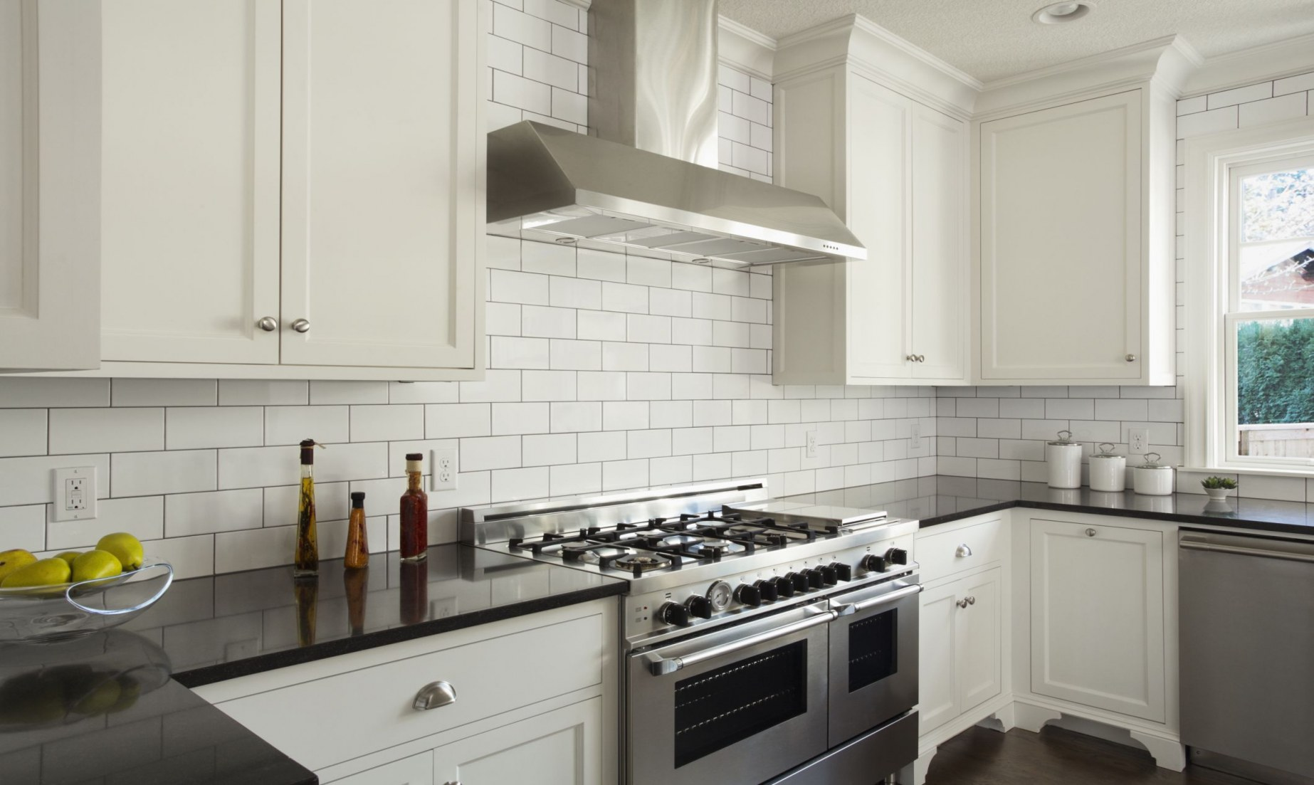 herringbone subway tile backsplash how subway tile can effectively work in modern rooms of herringbone subway tile backsplash 1