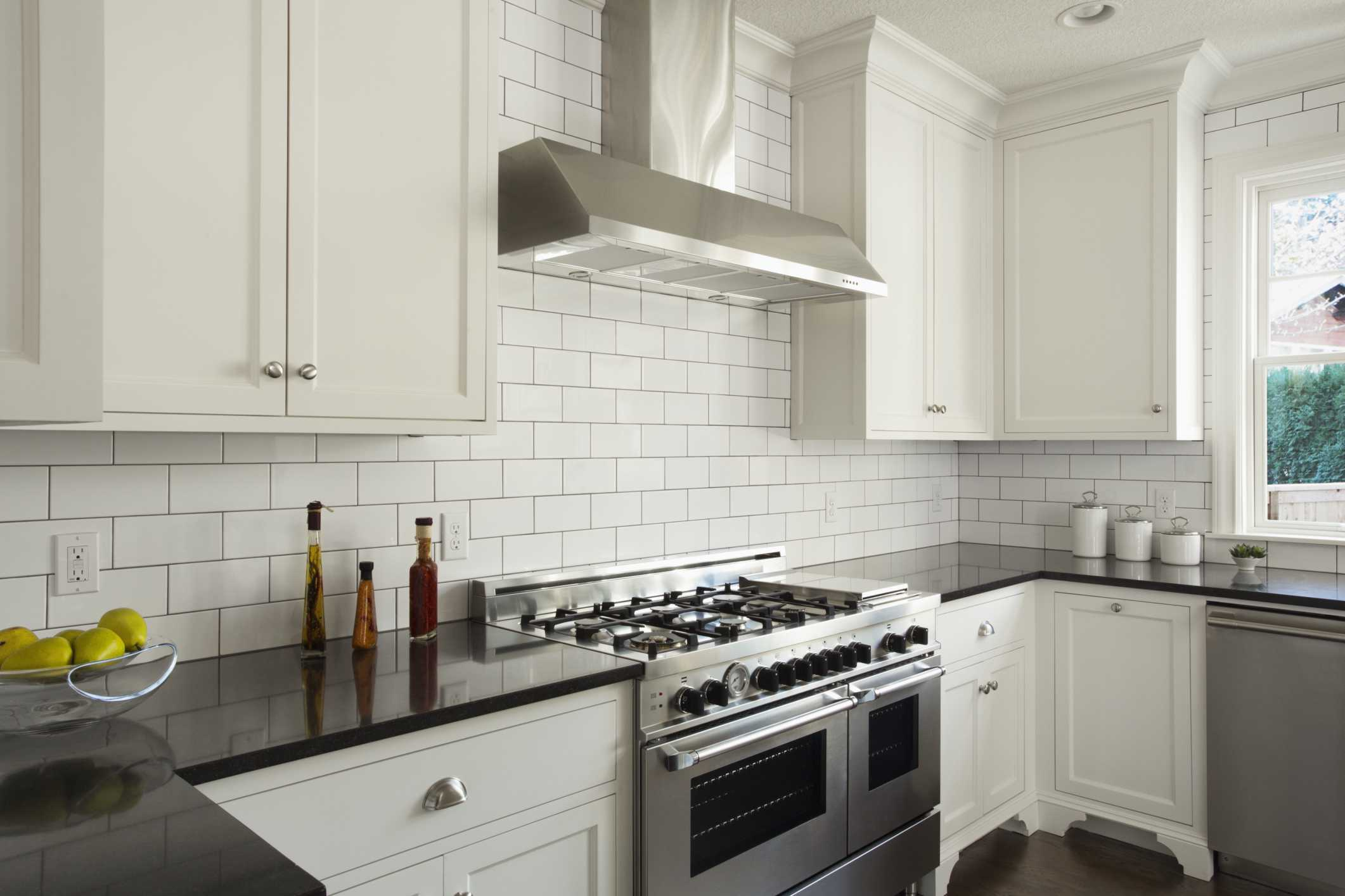 Modern Kitchen With White Subway Tile 56a49fe65f9b58b7d0d7e2d4