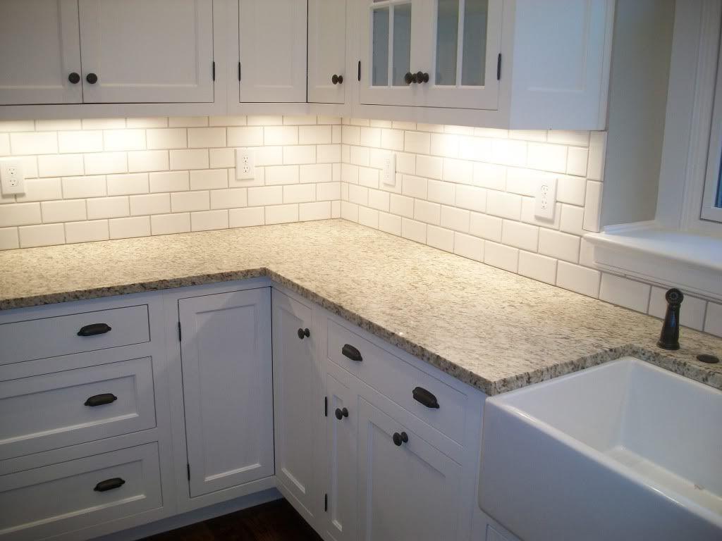 White Subway Tile Backsplash Herringbone Luxury White Tile Kitchen Backsplashes