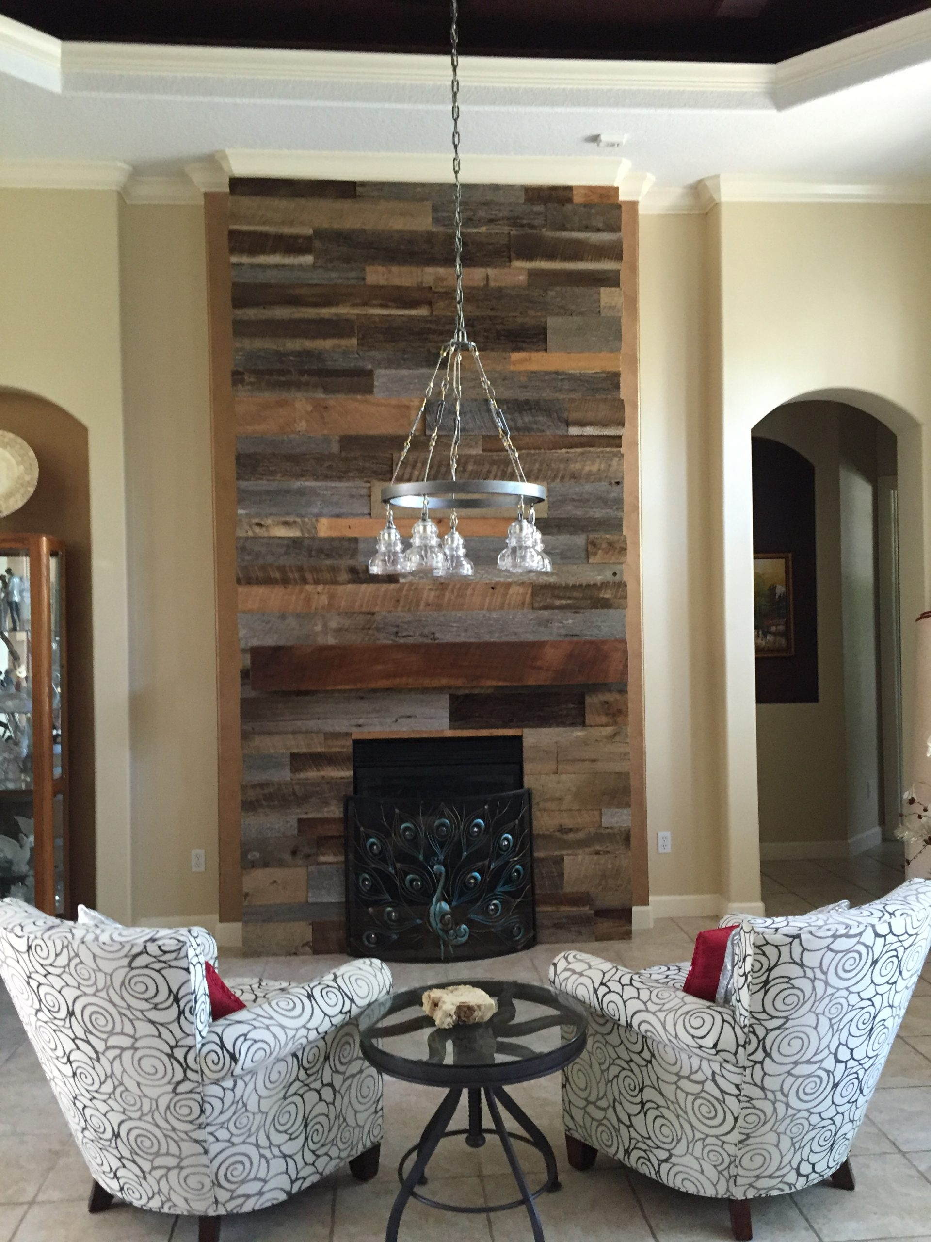 Lynns Reclaimed Wood Wall Fireplace with Mantle 3 Copy