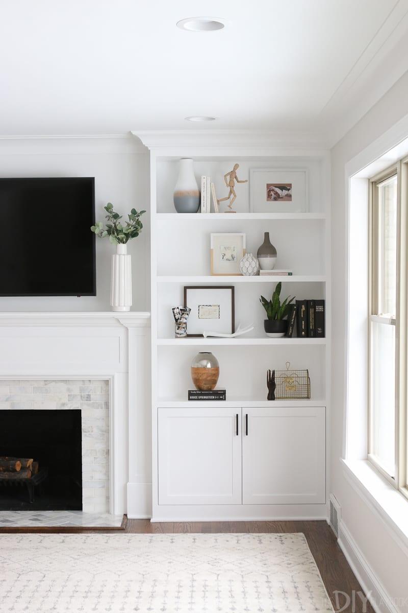 Built Ins TV White Shelves