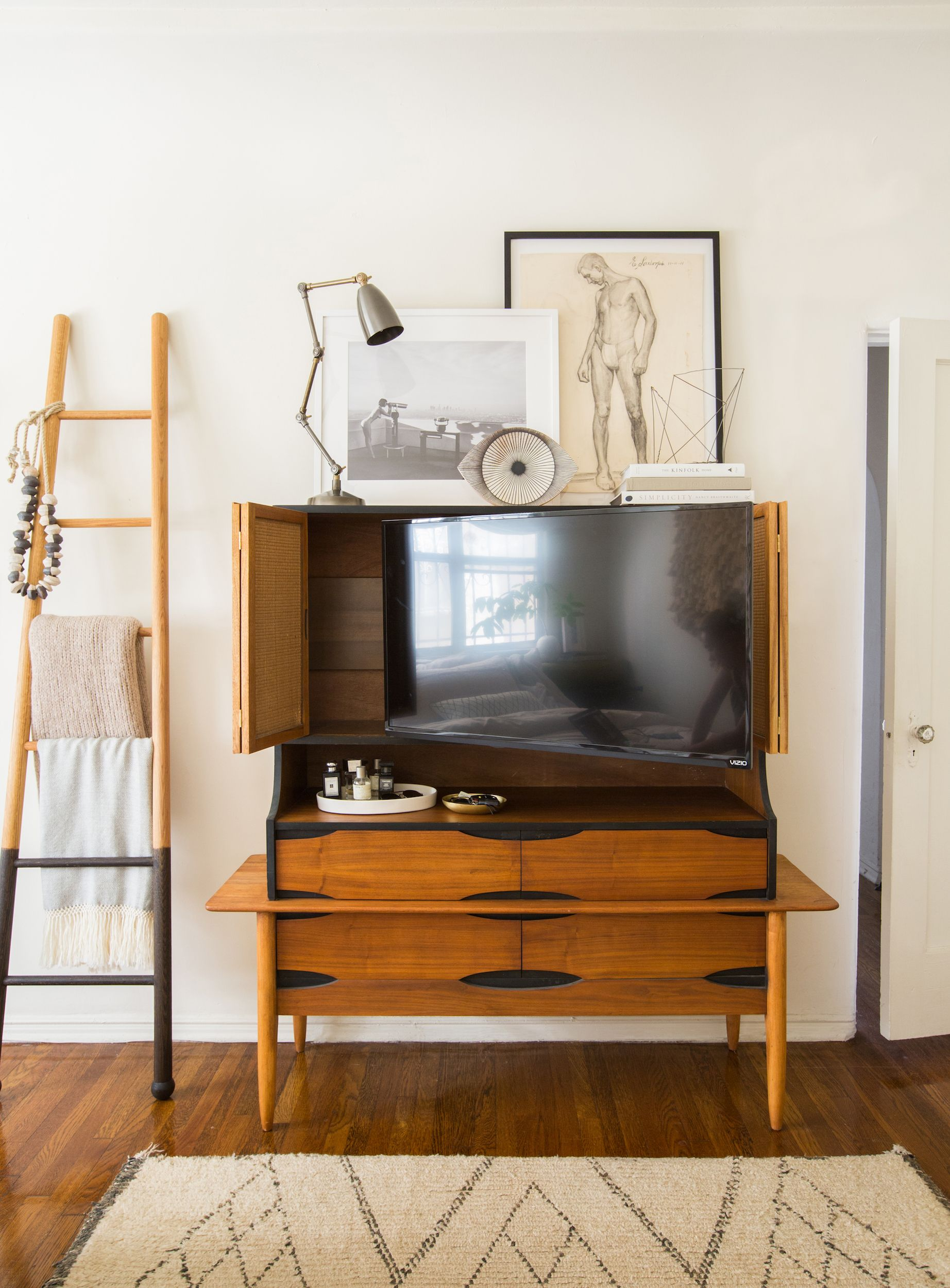 Fireplace Nook Tv Mount New 13 Clever Hidden Tv Ideas How to Hide A Tv According to
