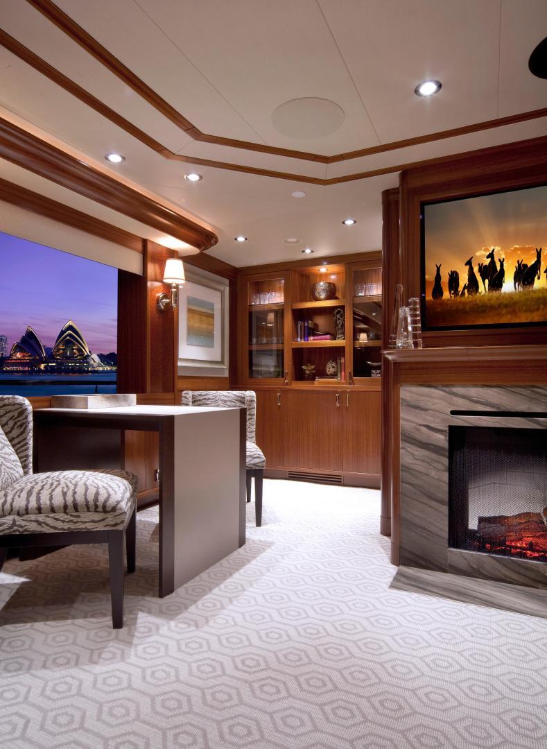 Fireplace Reflectors Lovely 2013 130 Westport Tri Deck Motoryacht