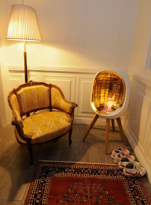 The portable indoor fireplace corner